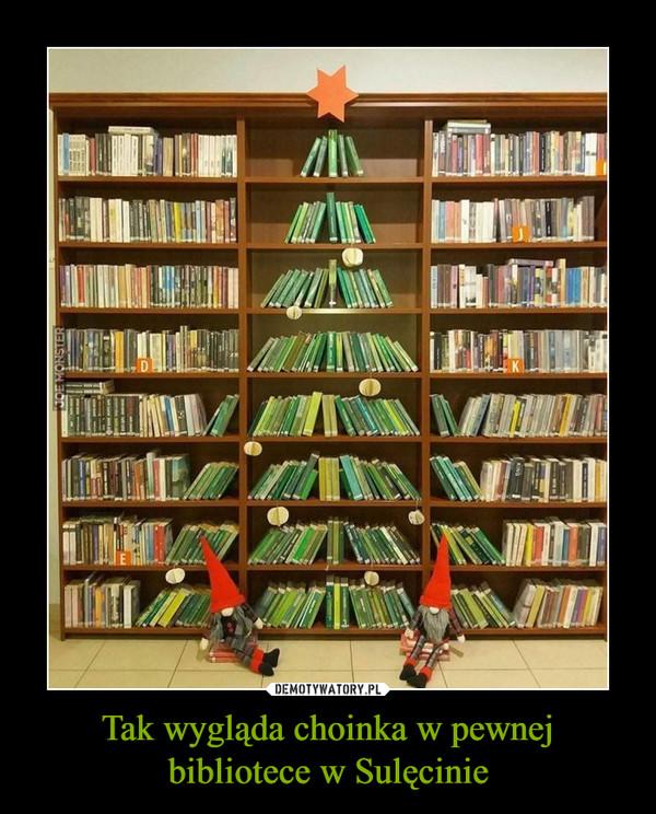 Tak wygląda choinka w pewnej bibliotece w Sulęcinie –